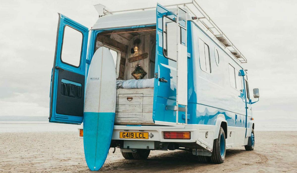 Esta Mercedes-Benz restaurada pode muito bem ser a caravana perfeita