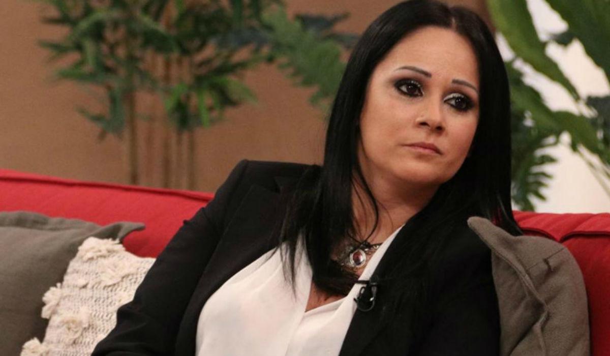 """Prostituta portuguesa faz revelações polémicas: """"A primeira vez foi com um padre"""""""