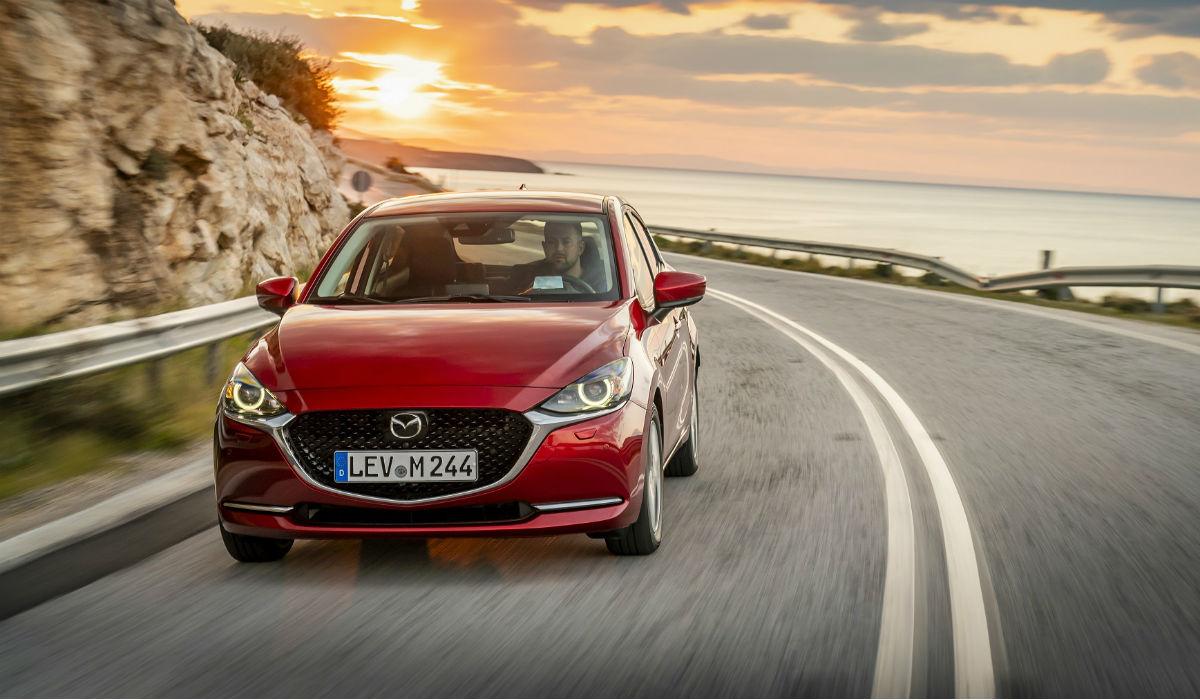 Mazda 2 entra em 2020 com tecnologia mild hybrid