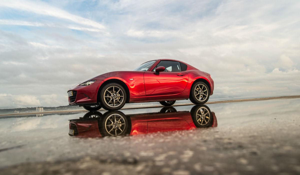 Mazda MX-5 RF, o carro de fim de semana perfeito para o dia a dia