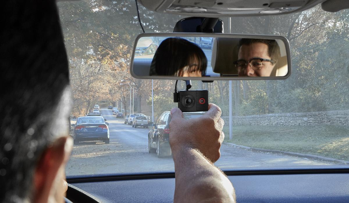 Garmin Dash Cam Tandem, o olho dentro e fora do veículo