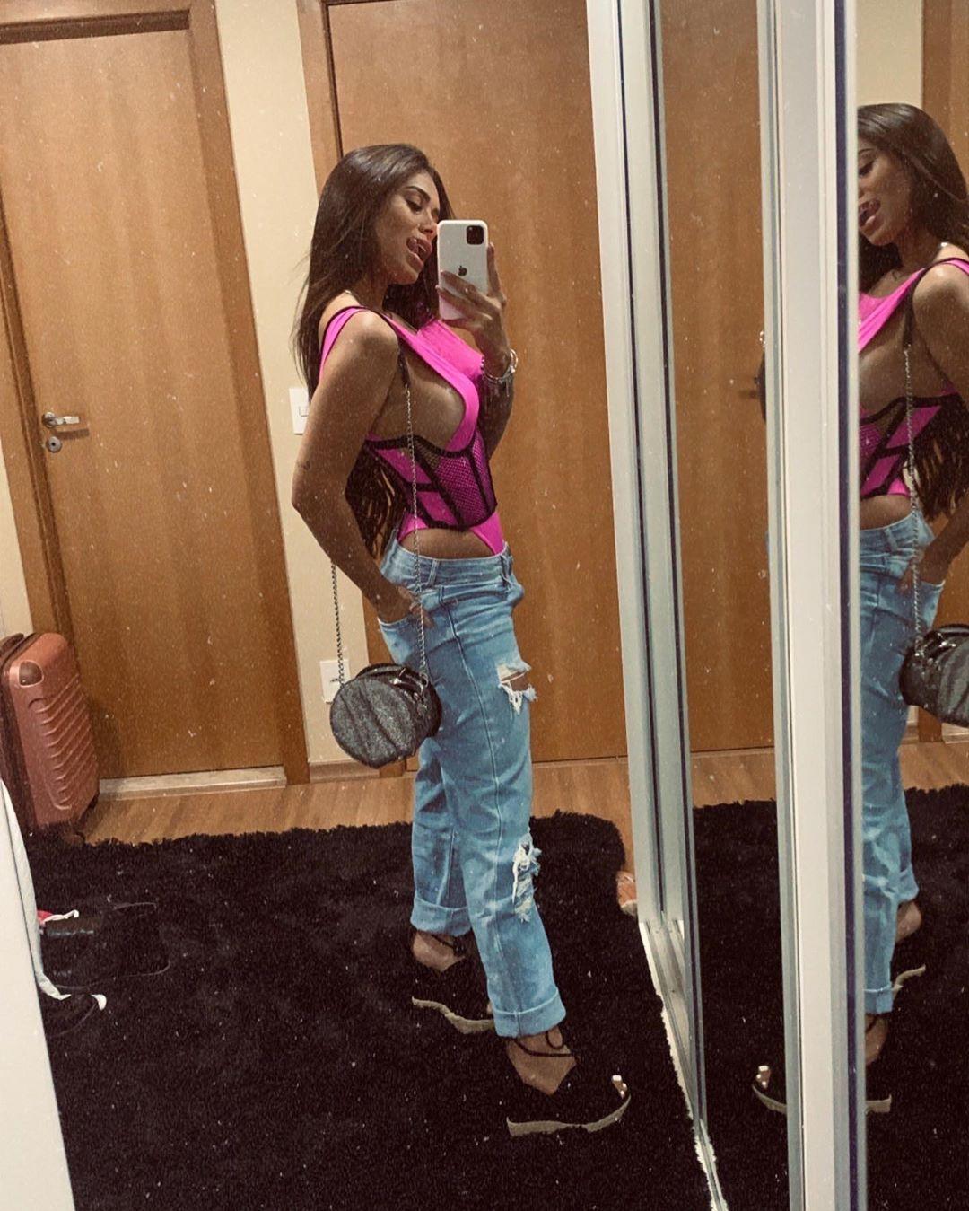 Ana Mosconi, a modelo que obriga Neymar a fazer marcação cerrada