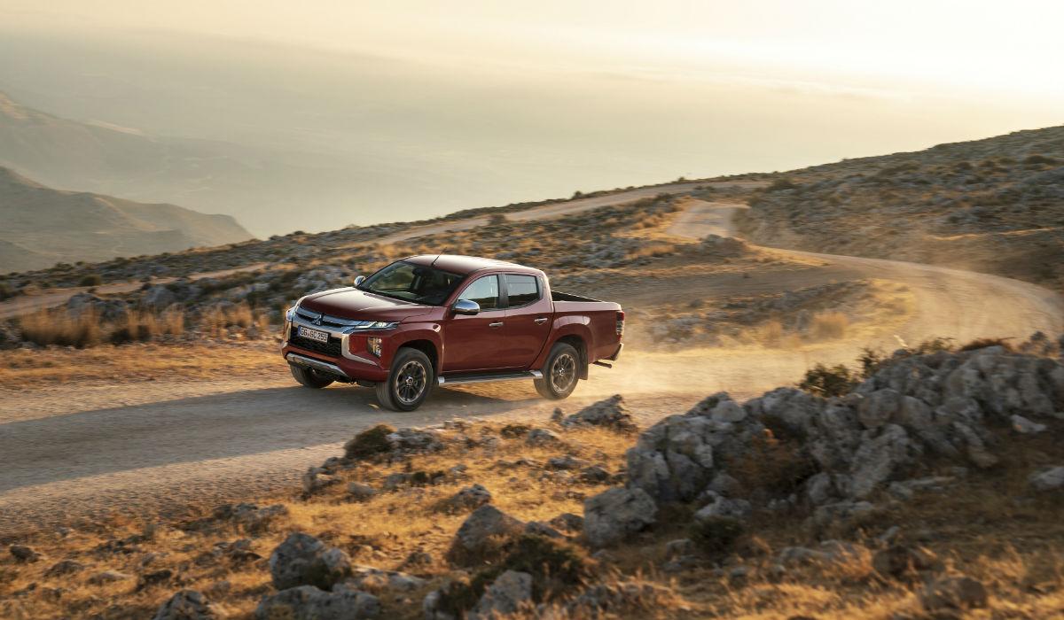 Mitsubishi apresenta a nova geração da mítica pick-up L200 Strakar