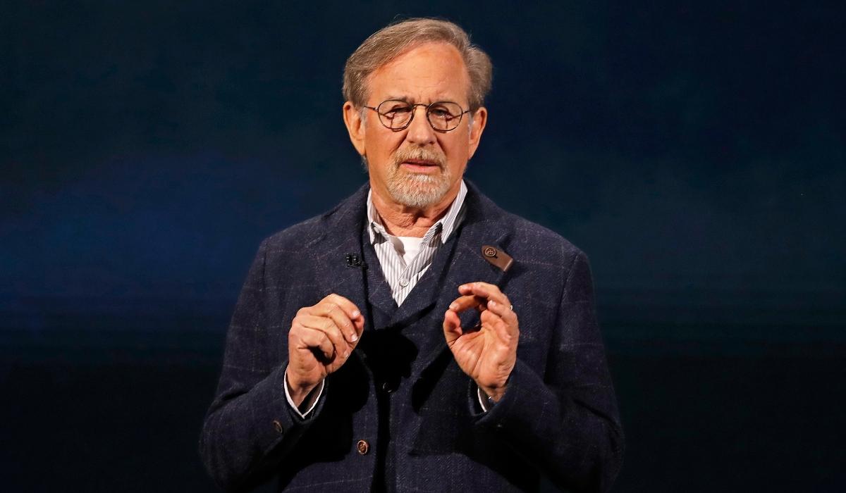 Filha de Steven Spielberg quer ser atriz porno