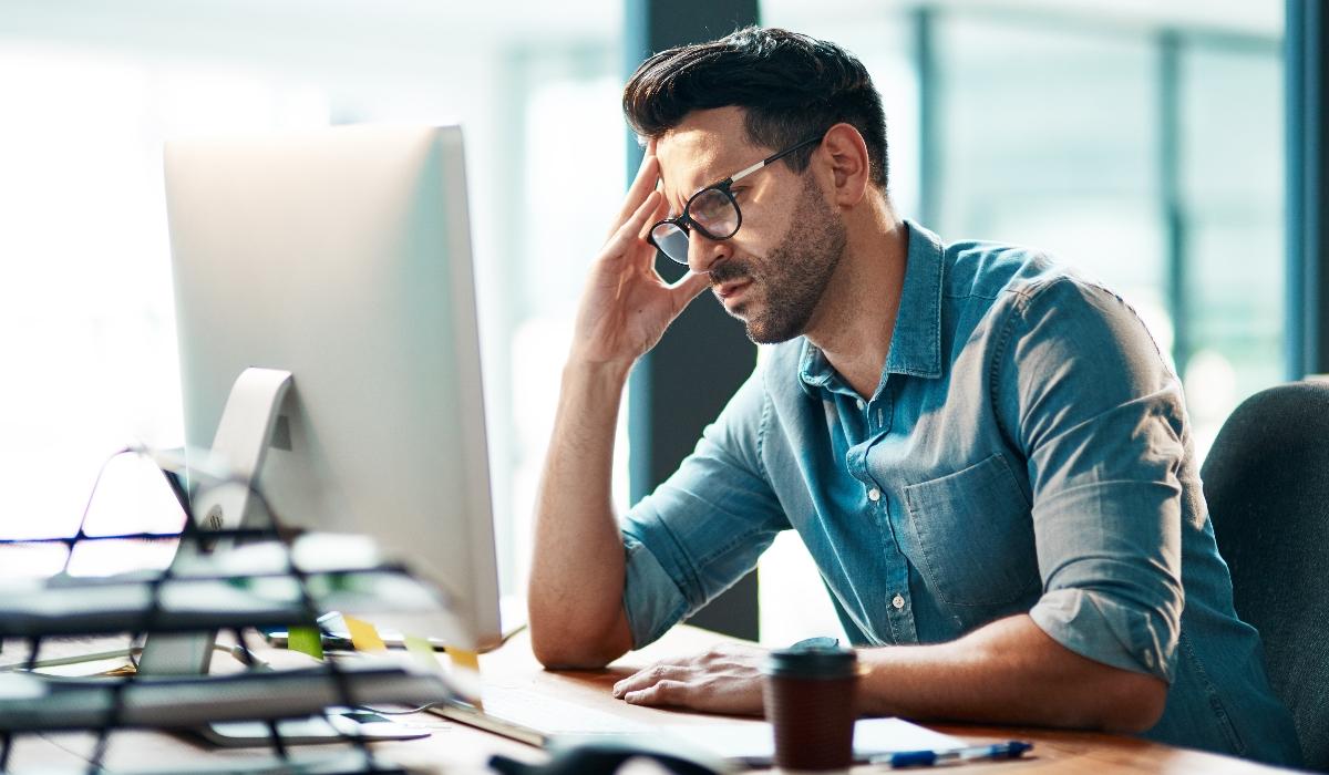 Estudo revela que o trabalho pode ter um impacto negativo na vida sexual dos homens