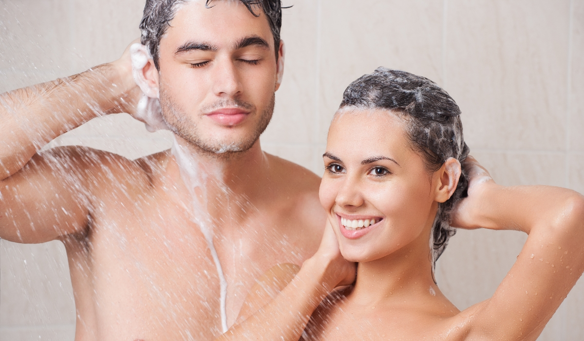 Tomar banho todos os dias é saudável? Dermatologistas respondem