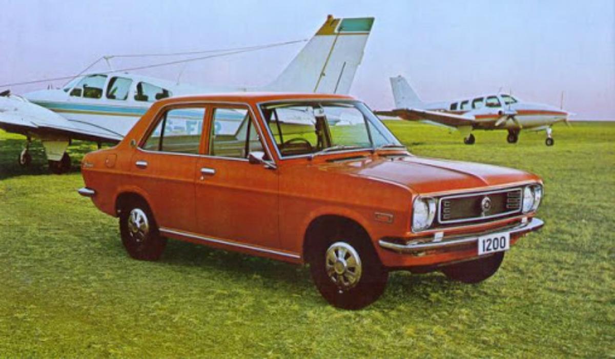 Datsun 1200, o clássico de tração traseira que marcou uma geração