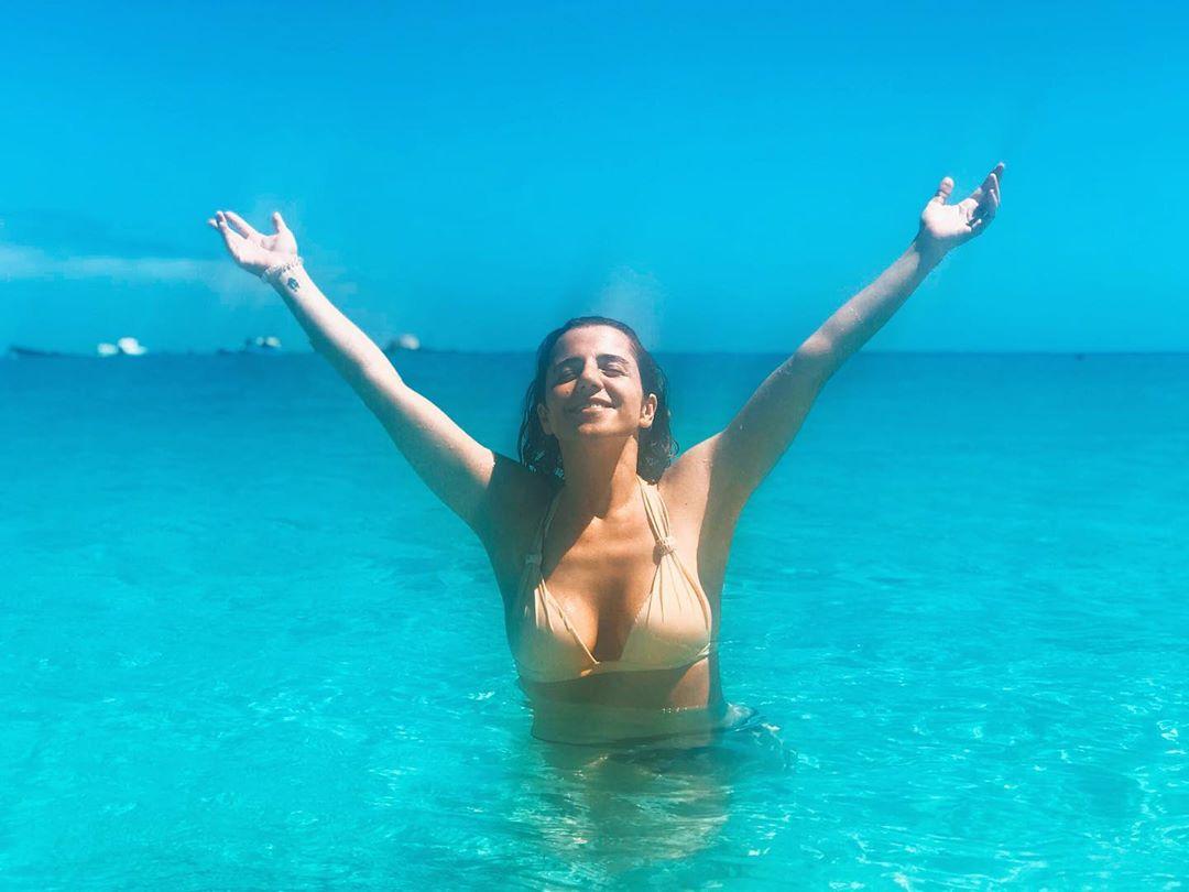 Inês Herédia e o isolamento social em topless e a dançar o Volare