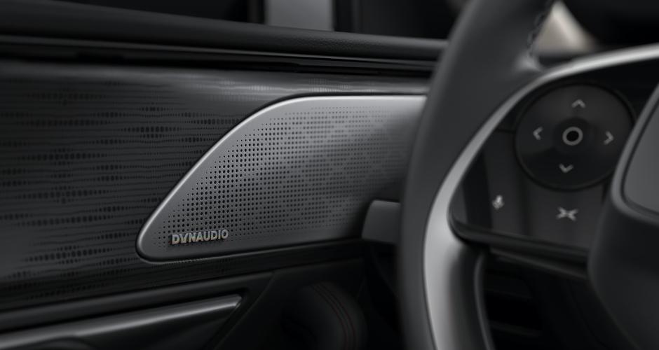 Xpeng P7, o carro elétrico que garante mais autonomia do que os Tesla