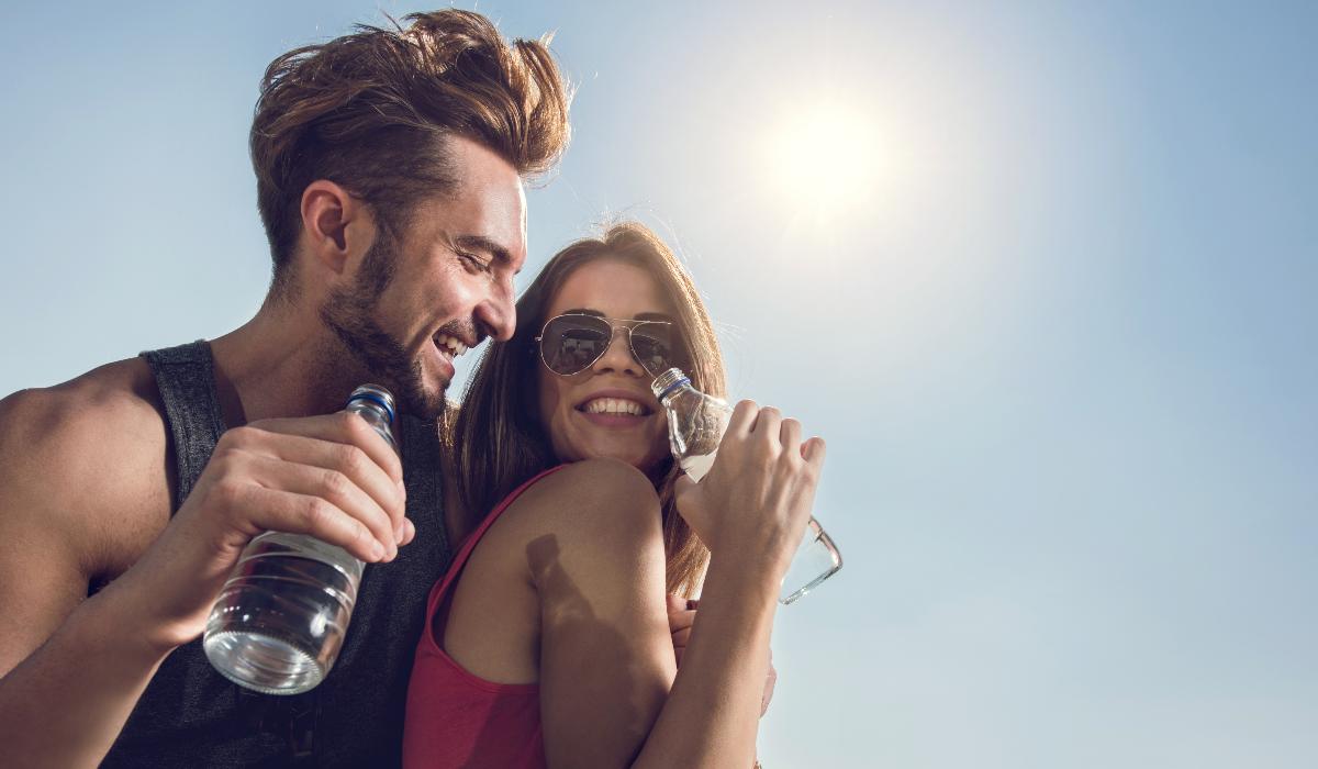3 alimentos que ajudam quem não gosta de beber água