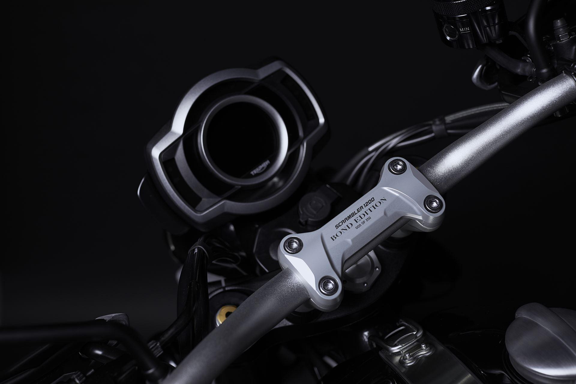 Triumph Scrambler 1200 Bond Edition, a moto que o faz sentir-se o 007