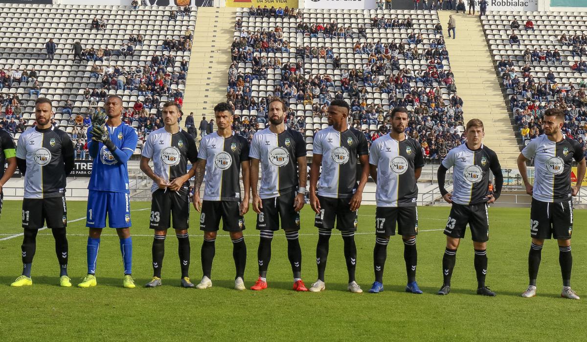 Regresso do Farense à primeira divisão é motivo de alegria para os adeptos do Sporting