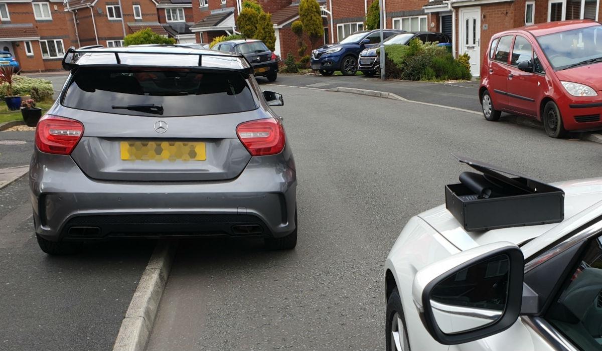 Condutor vê Mercedes-AMG A45 confiscado minutos depois de o ter comprado