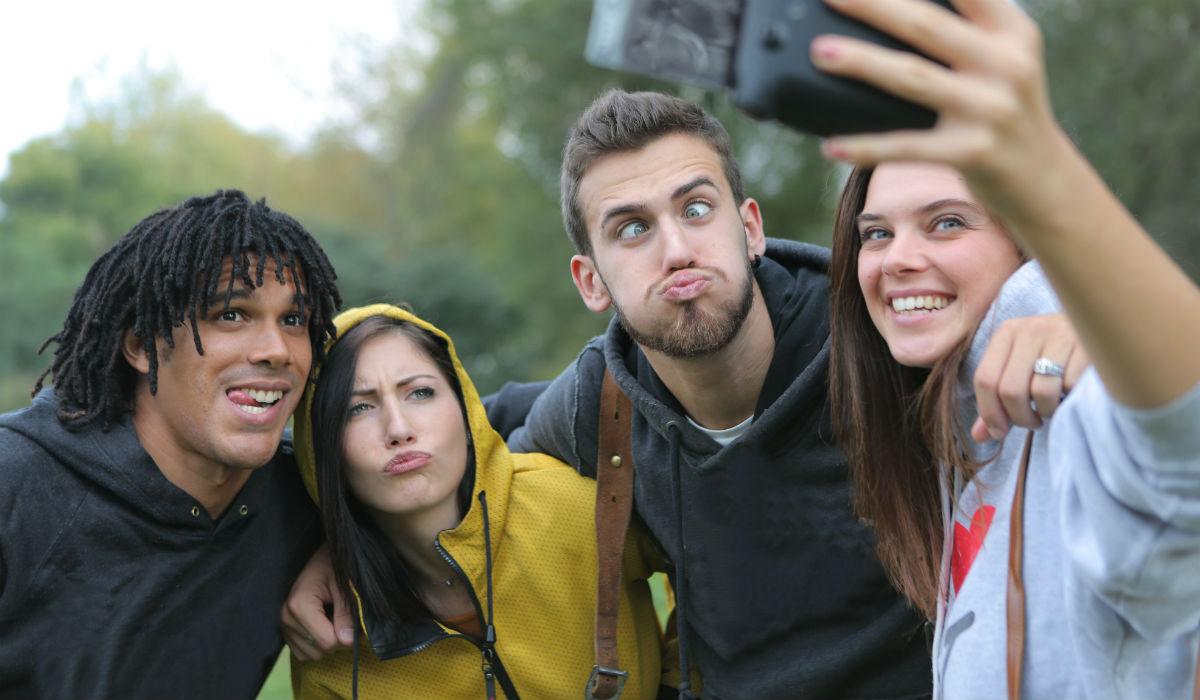 Apple quer revolucionar a forma como se tira selfies em grupo