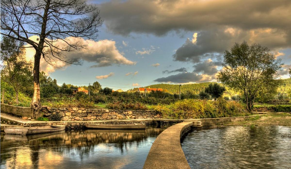 Janeiro de Cima, uma encantadora aldeia de xisto nas margens do Zêzere