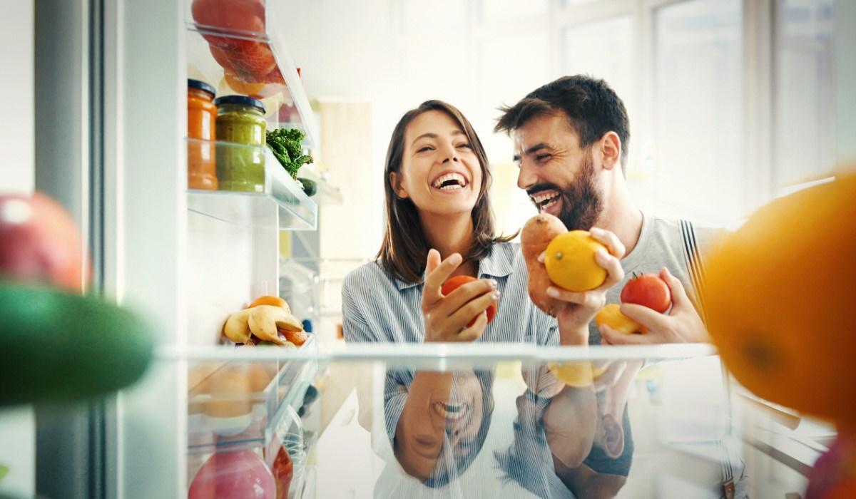 5 alimentos que não deve guardar no frigorífico