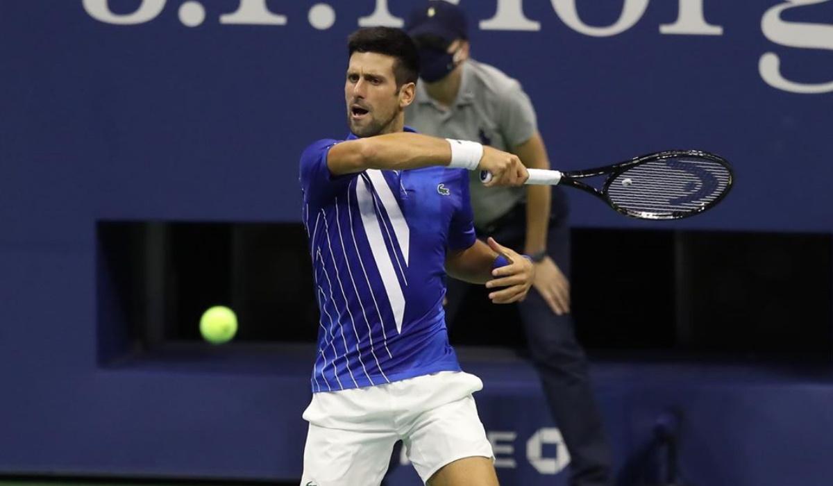 Novak Djokovic e os vários tiros nos pés que tem dado em 2020