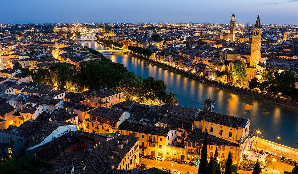 Verona, a cidade de Romeu e Julieta e dos fantásticos edifícios históricos