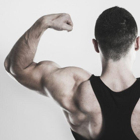 3 formas de ganhar massa muscular após os 50 anos