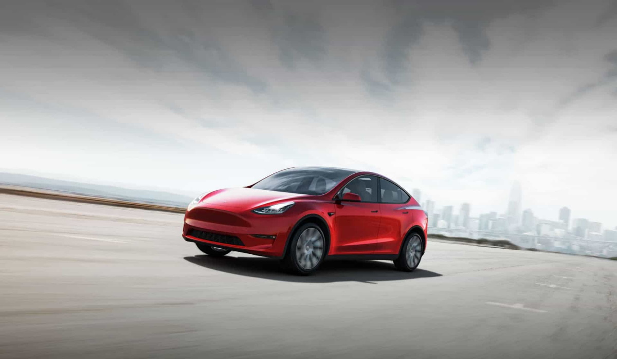 Tesla vai lançar uma versão do Model Y com sete lugares