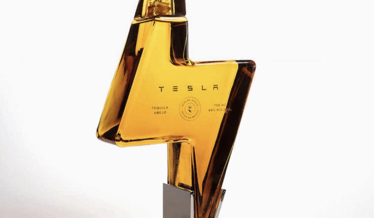Tequila da Tesla custa 212 euros e está esgotada