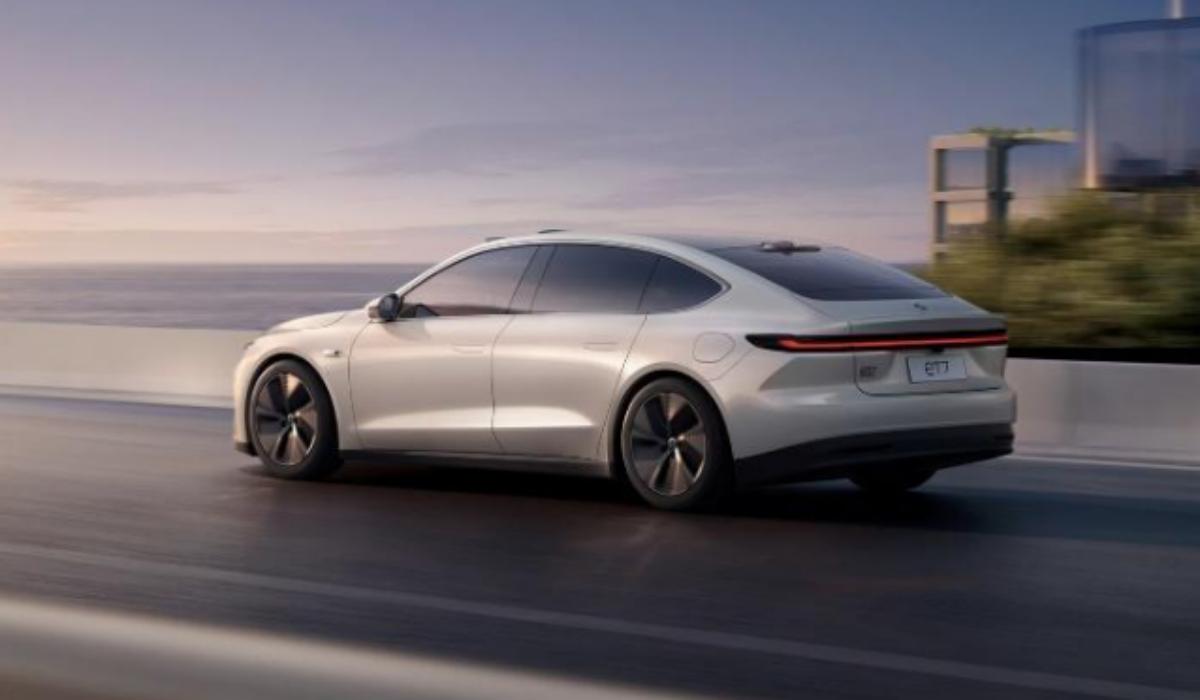 """Nio ET7 é o novo modelo da """"Tesla da China"""" e tem autonomia até 1.000 km"""