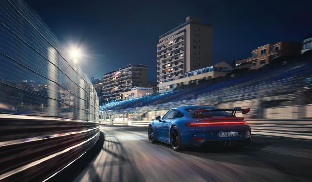 Porsche 911 GT3, o modelo que tem performance semelhante aos carros de competição