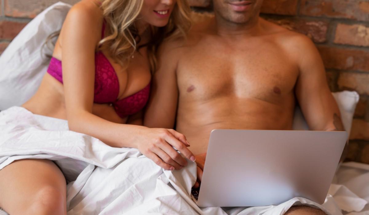 Amor de quarentena e como as relações online tornam-se uma realidade