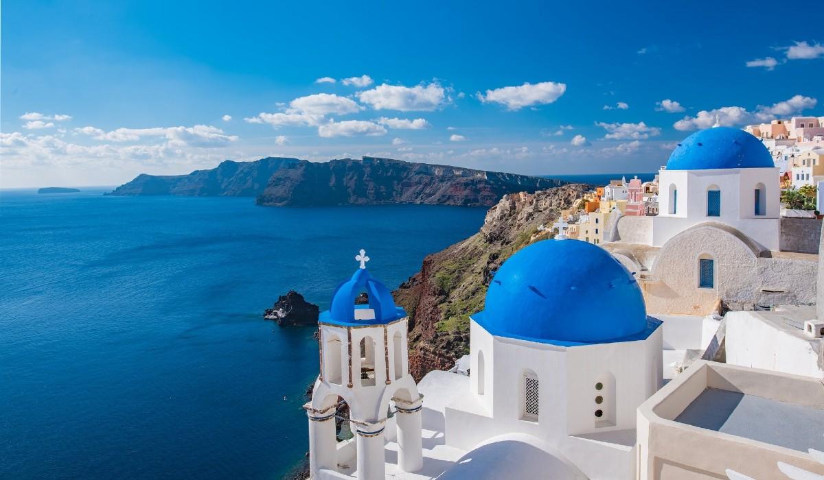 Santorini, o pequeno pedaço de paraíso que fica na Grécia