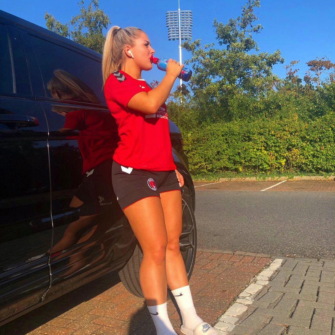 Madelene Wright, de jogadora de futebol a modelo que vende conteúdos para adultos
