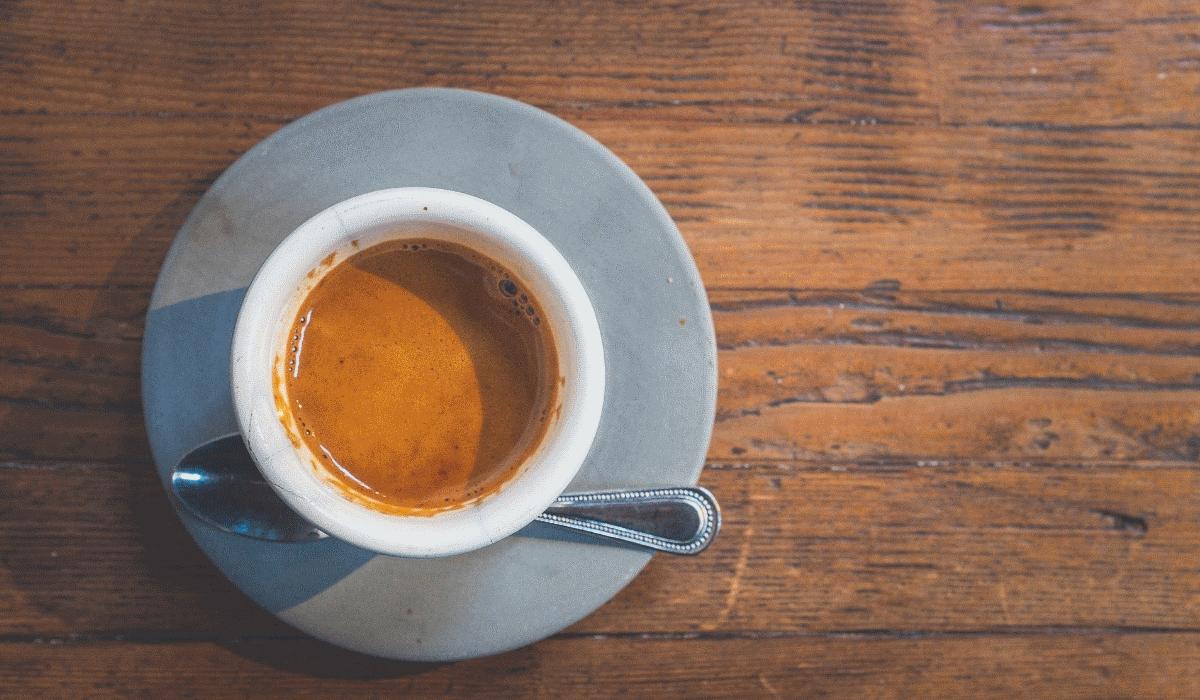 Descubra a nova tendência sexual que envolve café e orgasmos