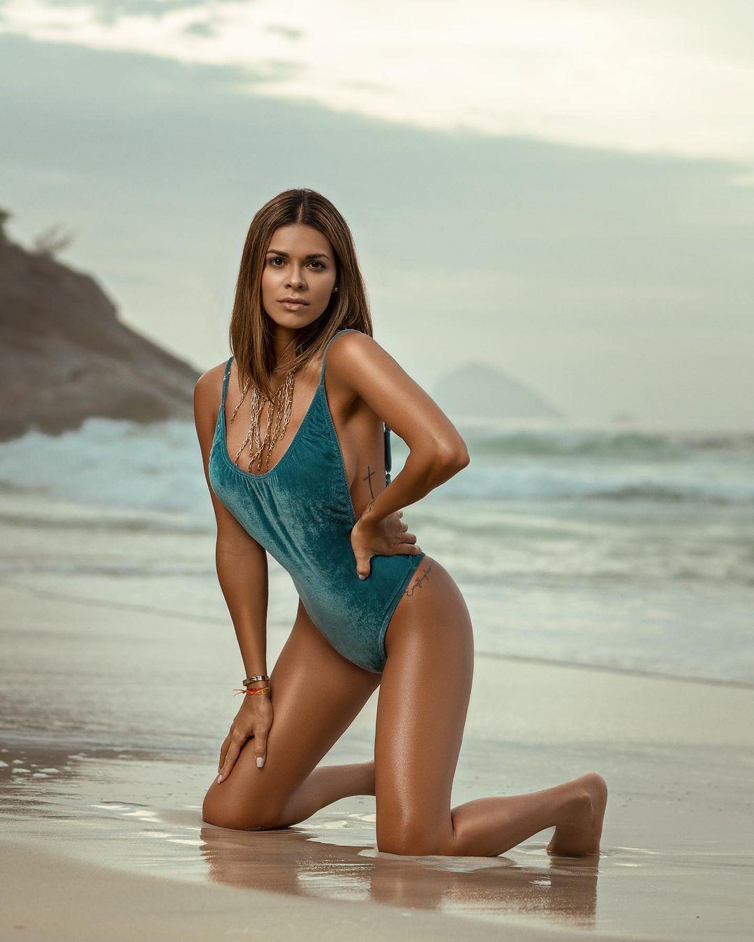Luana Sandien, a modelo a quem oferecem barras de ouro e fazem pedidos de casamento inusitados
