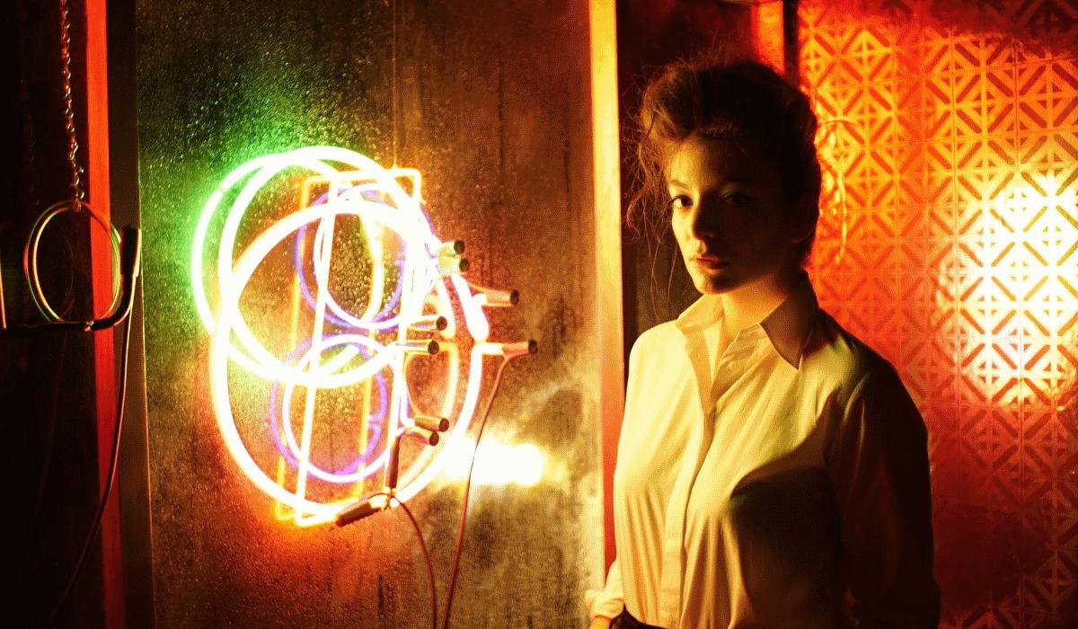 Fuga de informação leva Lorde a confirmar lançamento de nova música