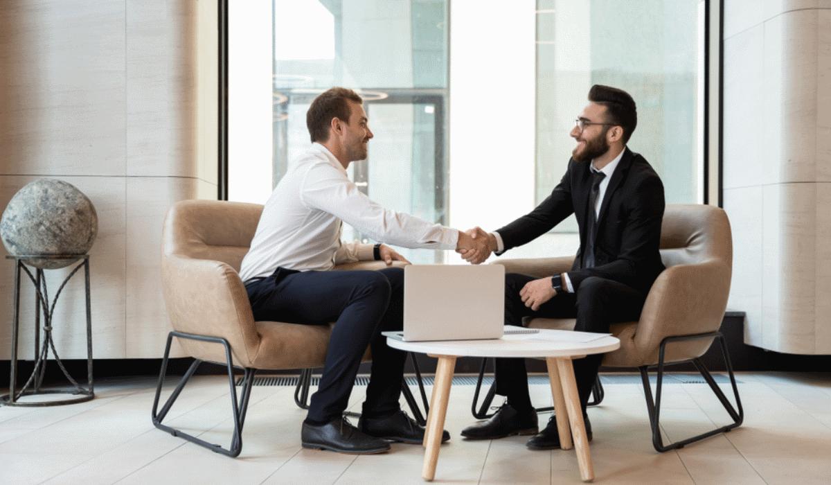 Aprenda a responder às 5 perguntas que mais se ouvem numa entrevista de emprego
