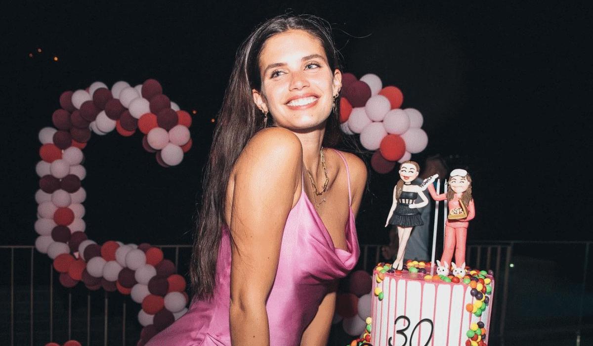 30 fotos para celebrar os trinta de Sara Sampaio