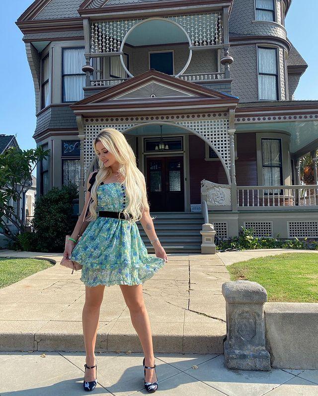 Holly Madison e os fantasmas da Mansão Playboy