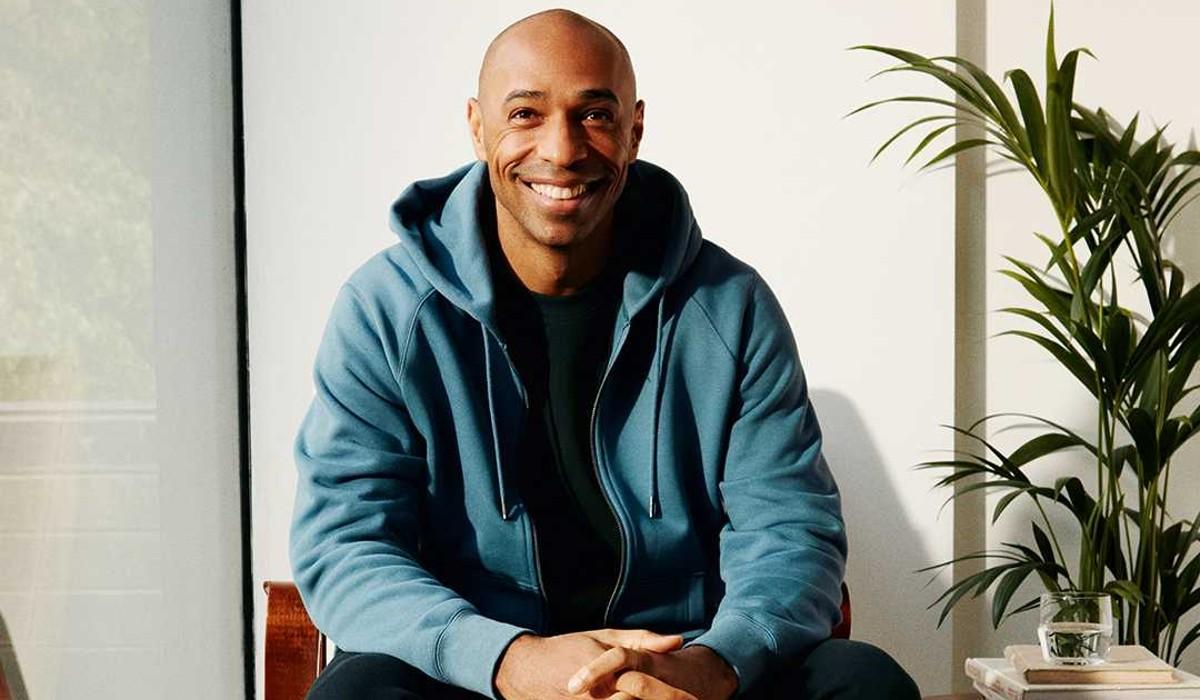 Puma e Thierry Henry apresentam coleção de roupa clássica desportiva