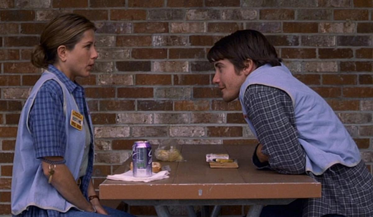 Jake Gyllenhaal e como a paixão por Jennifer Aniston dificultou as cenas quentes de ambos