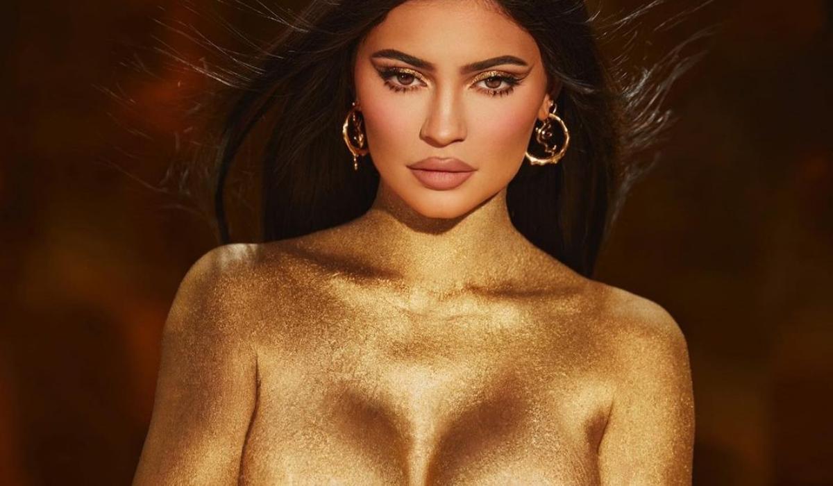 Kylie Jenner e a assustadora nudez que antecipa o Halloween